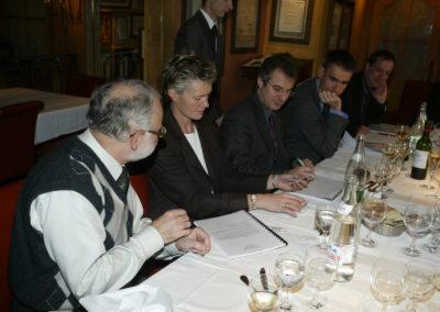 L'inévitable décompte des voix! Sophie Moressée-Pichot annonce, Christophe Penot prend bonne note, Serge Laget, Michel Dalloni et Henri Montulet jouent les assesseurs.