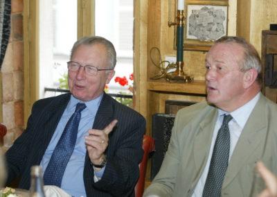 Jacques Delors désigne Jean-Marie Leblanc, le directeur du Tour de France. Peut-être se ralliera-t-il à son choix…