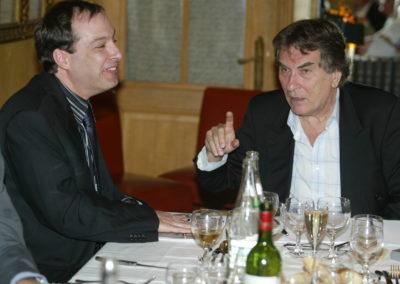 Un Henri Montulet tout sourire auprès du toujours offensif Christian Montaignac. Les deux hommes se rejoignent dans leur goût pour l'information et les jolies phrases.