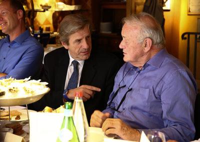 Éric Revel, l'homme qui dirige l'immense maillage radiophonique signé France Bleu. Lequel président de jury partage ici, avec Jean-Marie Leblanc, son goût des territoires et de la belle langue française.