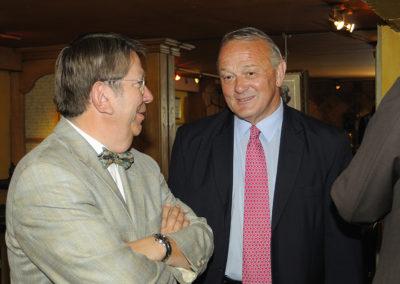 Retraite oblige, Jean-Marie Leblanc porte désormais le titre d'« ancien directeur du Tour de France ». Mais il lui revient, avec le même bonheur, d'accueillir Jacques Camus, président-directeur général de <em>La République du Centre</em> et président du jury de cette quatrième édition.