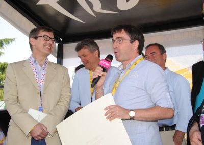 Quel chemin pour en arriver là! Déjà deux fois lauréat du Prix Pierre-Chany, mais deuxième du Prix Jacques-Goddet 2011, Gilles Comte exprime son plaisir de monter sur la plus haute marche du podium.
