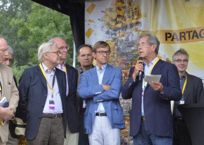 Il s'était déplacé à Morlaix le 11 janvier 2007 pour remettre le 3e Prix Jacques-Goddet à Jérôme Le Gall. Bravant les orages, Jean-Louis Debré, d'une disponibilité exemplaire, est venu à Sèvres, ce dimanche 26 juillet 2015, pour féliciter de vive voix le nouveau lauréat.