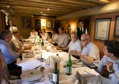 Christian Prudhomme prend la main. Pour témoigner, comme chaque année, que ce sont bien les chantres de la presse écrite qui continuent de nourrir la légende du Tour de France.