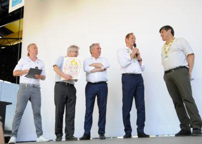 La parole est à Christian Prudhomme, le directeur du <a href= https://www.letour.fr/fr>Tour de France</a>. Pour témoigner, encore une fois, de l'admiration qu'Amaury Sport Organisation voue aux grandes plumes de la presse écrite.