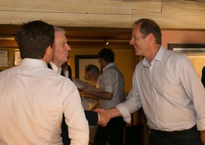 Bienvenue dans la légende écrite de la plus grande course cycliste du monde ! Christian Prudhomme, le directeur du Tour de France, se fait une joie d'accueillir lui-même Jean-Luc Schnoebelen, président fondateur du groupe <a href= https://www.edeis.com/>Edeis</a>, et Jérôme Arnaud, directeur général adjoint du même groupe.