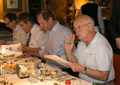 « Aimer, c'est choisir ! », a prévenu Erik Orsenna. Poussant Christian Prudhomme, Éric Michoux et Henri Montulet à replonger dans leurs notes,  l'illustre membre de l'Académie française réduit le premier choix de chaque juré à seulement trois articles !