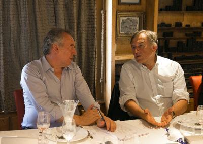 Savoir écrire, certes, mais aussi savoir voter ! En bons élus et en redoutables lecteurs, François Bayrou, agrégé de lettres classiques, et Yvan Lachaud, directeur d'établissement scolaire, sont toujours d'accord sur l'essentiel…