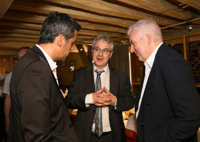 En route pour une nouvelle histoire ! Christophe Penot, l'organisateur, a rejoint Olivier Galzi, directeur général du groupe Edeis, et Jean-Luc Schnoebelen pour recevoir François Bayrou, invité d'honneur de cette quinzième édition.