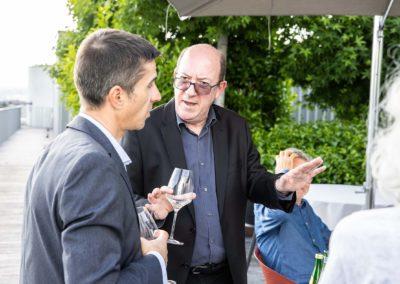 Histoires d'hommes et histoires de presse. Avant le départ (imminent) du prochain Tour de France, un long échange entre Vincent Coté, rédacteur en chef délégué aux sports du quotidien «Ouest-France», et Philippe Sudres, qui accueillera en salle de presse des journalistes venus du monde entier.